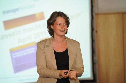 Magda Bleckmann Aschaffenburg Forum lächelnd